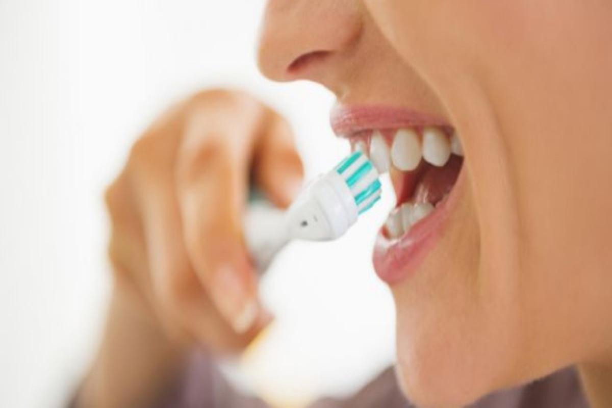 Mais que cáries: falta de higiene bucal pode originar doenças